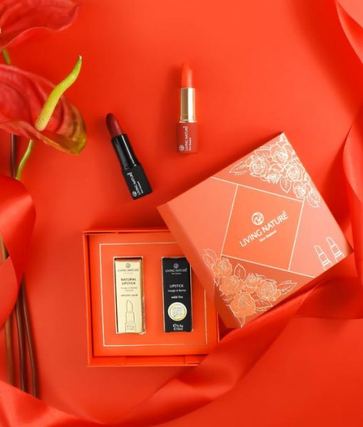 Living_Nature_-_Deluxe_Lipstick_Duo_Set_-_Stylised_-_Lower_Res